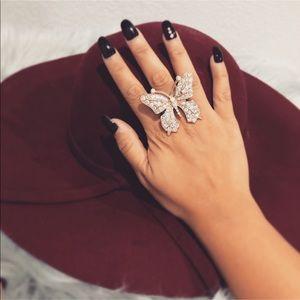 Gold Butterfly Rhinestone 🦋 Elastic Ring ❤️❤️